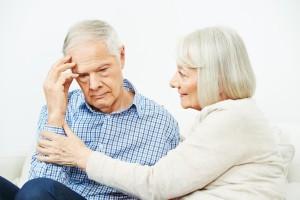 Oftmals stellt die Krankheit auch eine erhöhte Belastung für die Angehörigen dar